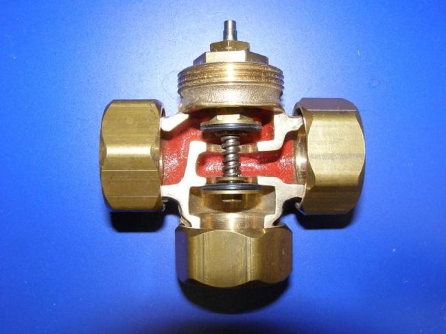 Трехходовой клапан с сервоприводом ESBE Трехходовые клапаны приводы контроллеры esbe